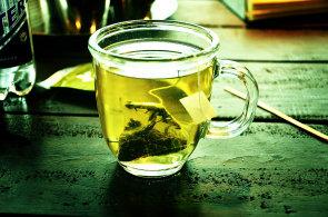 Kromě čaje koktejl pesticidů. Časopis dTest varuje před dvěma zelenými čaji