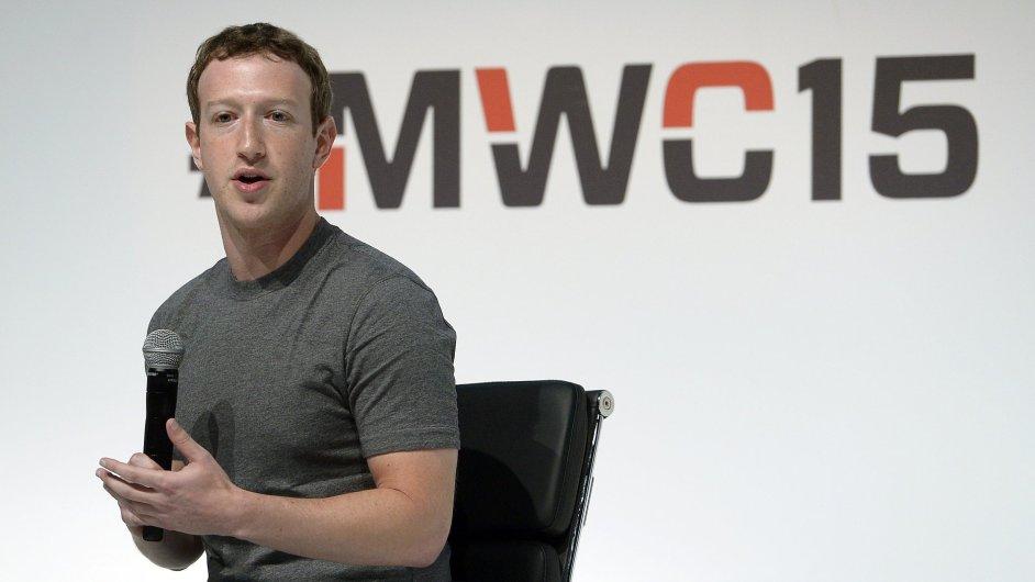Mark Zuckerberg si na Mobile World Congress v Barceloně pochvaloval spolupráci s operátory.