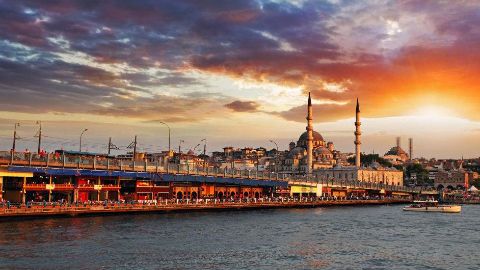 Bez proudu je i největší turecké město Istanbul (ilustrační foto).