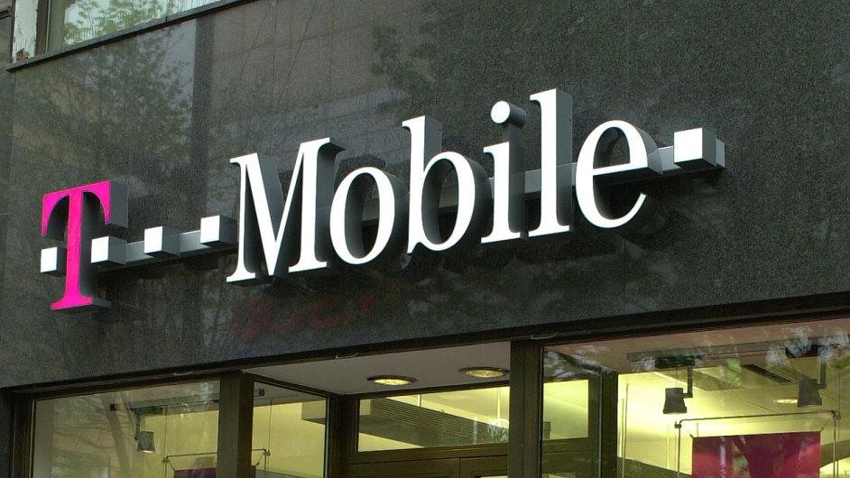 T-Mobile i přes pokles výnosů z mobilů zvýšil tržby o desetinu.