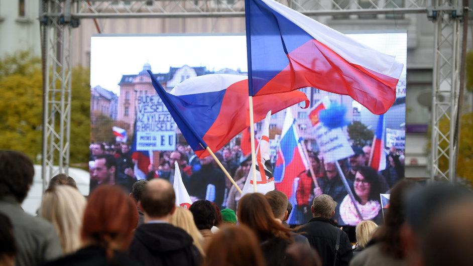 Proti nelegální imigraci se protestovalo v Praze, Brně či Ostravě (na snímku).