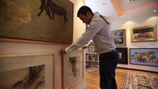 V lo�sk�m roce se v �esk�ch auk�n�ch s�n�ch prodalo um�n� za 900 milion� korun - Ilustra�n� foto.