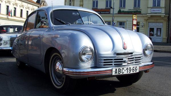 Tatra 600 Tatraplanby mohla být předobrazem kusově vyráběných nových tatrovek.