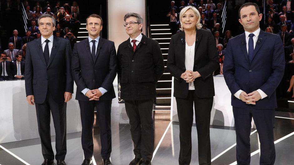 FRANCIE VOLBY PREZIDENT debata zleva: Fillon, Macron, Melenchon, Le Penová, Hamon