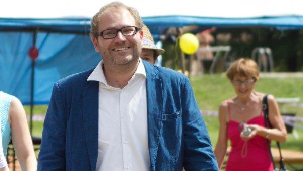 Po dlouhém boji s rakovinou v pondělí 13. listopadu zemřel náš kolega a kamarád, novinář Jan Beránek.