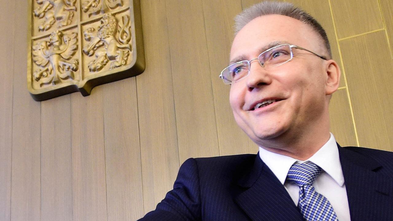 Ředitel Bezpečnostní informační služby Michal Koudelka vrozhovoru pro HN popsal moderní špionáž.