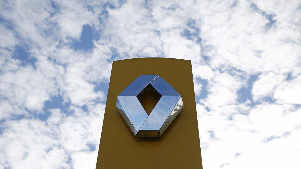 Renault v současnosti vlastní v Nissanu podíl přes 43 procent, zatímco Nissan má v Renaultu zhruba 15procentní podíl.