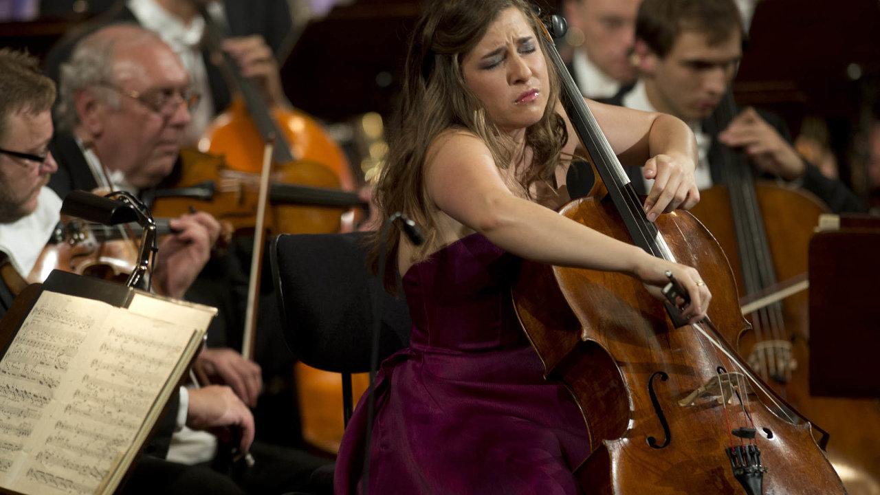 Dvouhodinové vystoupení. Alisa Weilersteinová naPražském jaru 2020 provede všech šest Bachových suit pro sólové violoncello.