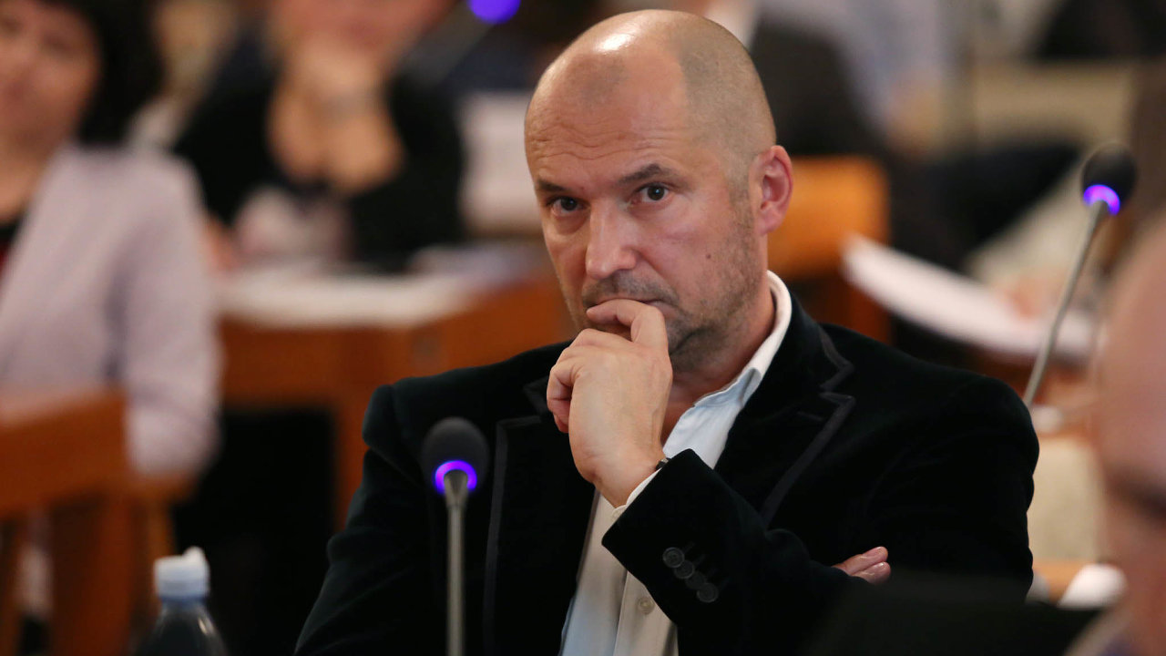 Brněnský podnikatel amístostarosta Brna-střed zaANO Jiří Švachula je vestředu kauzy vyšetřování manipulace se zakázkami, kterou už roky prověřují detektivové zNCOZ.