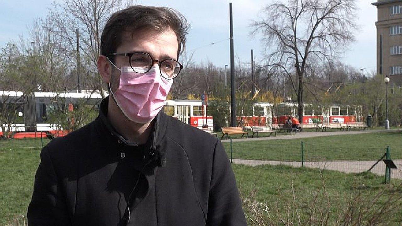 Stáli jste v MHD u nakaženého? Nová aplikace má chytře zkrotit pandemii.