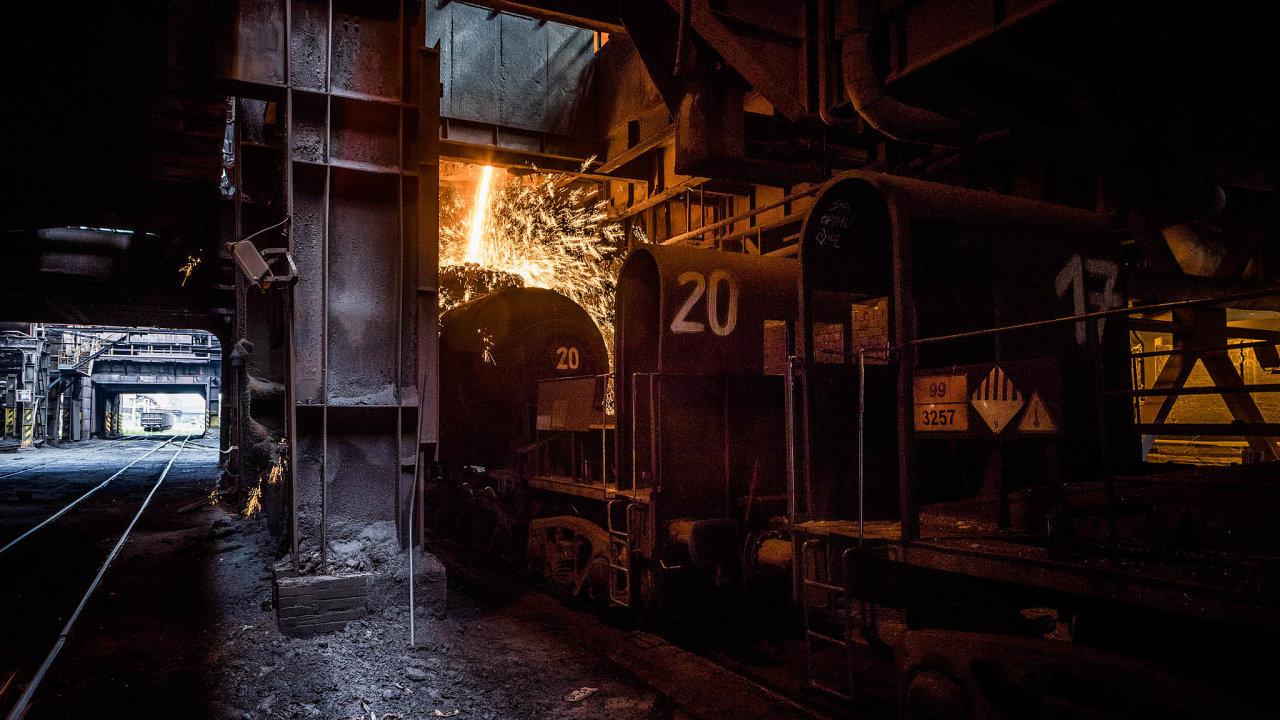 Napůl plynu.Ostravská Liberty nyní produkuje zhruba 50 procent oceli oproti normálu. Kvůli koronaviru firma odstavila ijednu zedvou vysokých pecí.