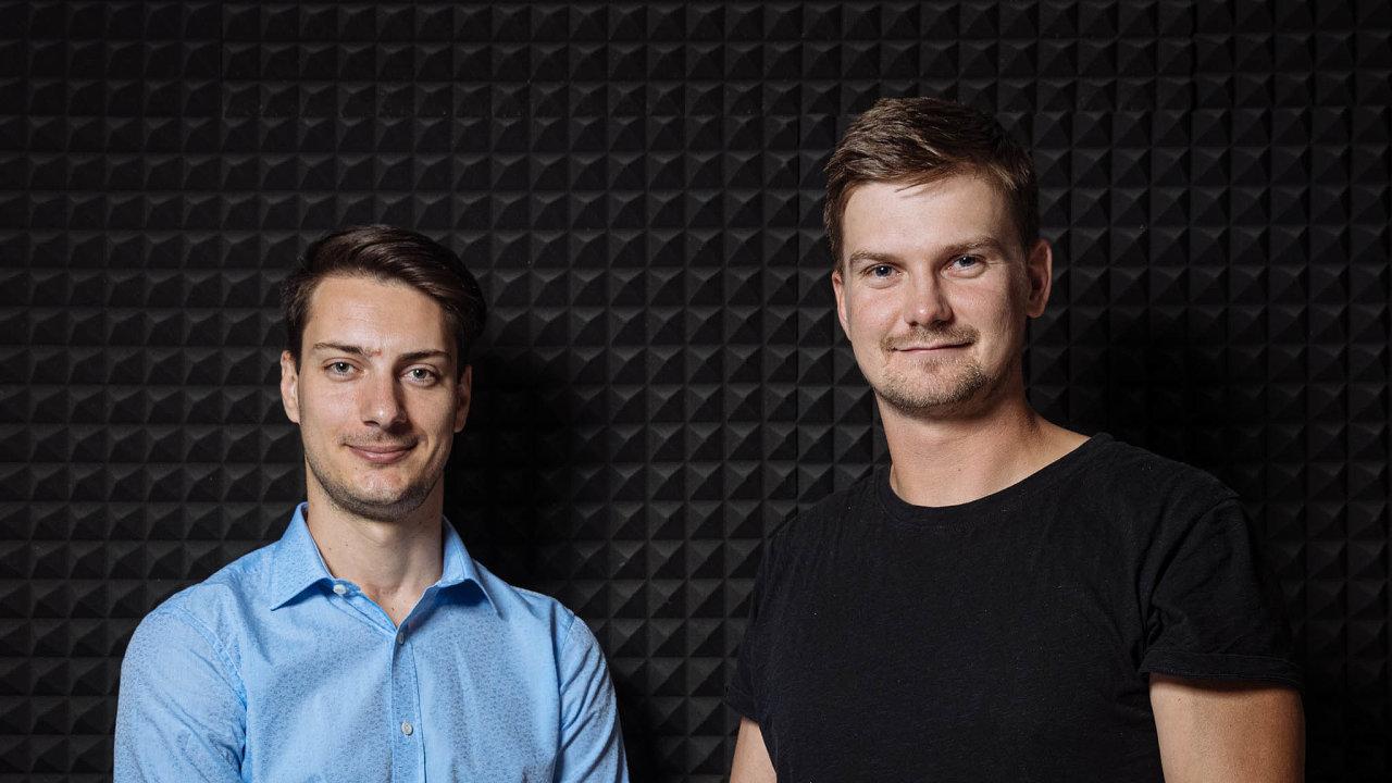 Se spolumajitel pivovaru Matuška asládkem Adamem Matuškou (vpravo) vedl podcastový rozhovor redaktor iHned.cz Jan Hrušovský.