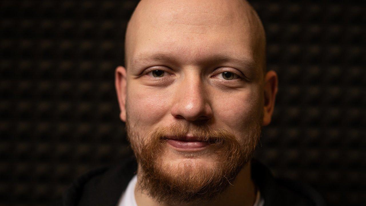 Applifting patří mezi nejrychleji rostoucí firmy vestřední Evropě. Hostem podcastu Poprvé byl její šéf Vratislav Kalenda.