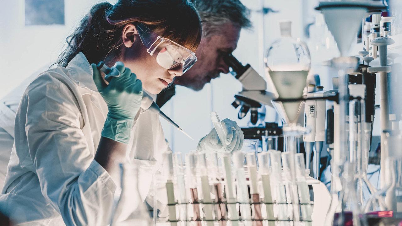 Podíl žen navýzkumných pozicích činil v roce 2018 v Česku 27 procent. Nejvyšší zastoupení ze zemí EU mají ženy v Lotyšsku. Jejich podíl činí 51 procent.
