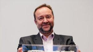 Gener�ln� �editel pra�sk�ho dopravn�ho podniku Jaroslav �uri�