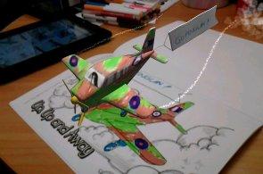 Nejlepší aplikace týdne: S jakýmkoli telefonem či tabletem si doma vykouzlíte třeba 3D letadlo