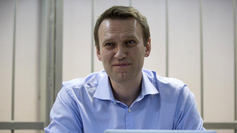 Ruský opozičník Alexej Navalnyj u soudu v prosinci 2014