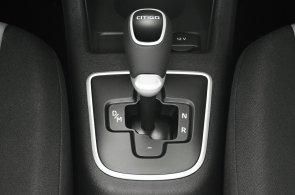 Chcete u nového auta samočinné řazení. I mezi vozy do 300 tisíc korun je z čeho vybírat