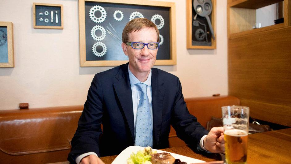 """""""Na oběd se snažím utéct z kanceláře každý den, totéž radím svým kolegům,"""" říká Mullen."""