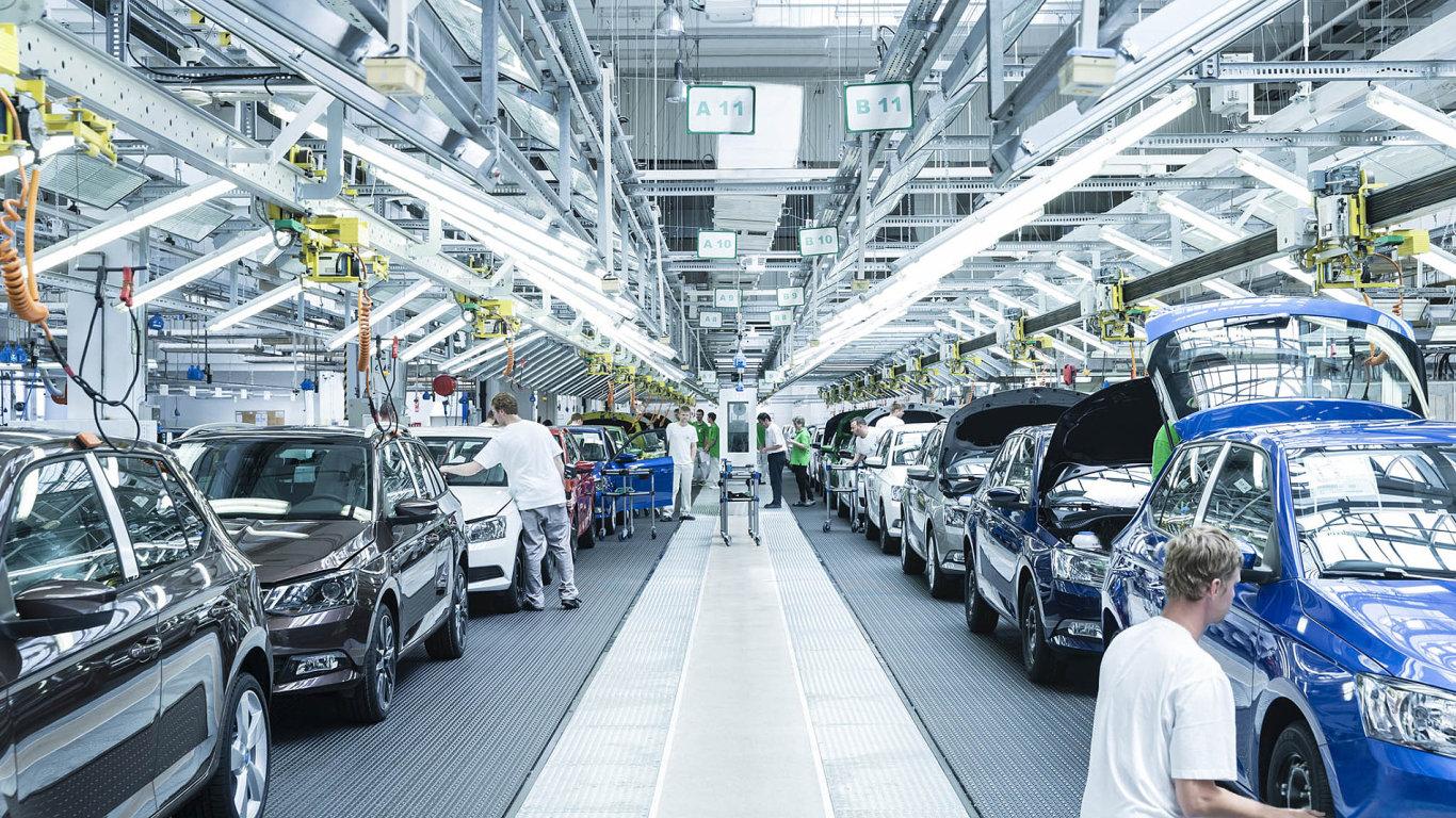 Nejdůležitější položkou v českém exportu jsou auta.