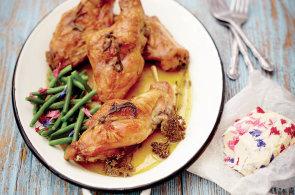 Ušák s vůní louky: Králík na řebříčku je ideální odlehčené jídlo pro letní dny