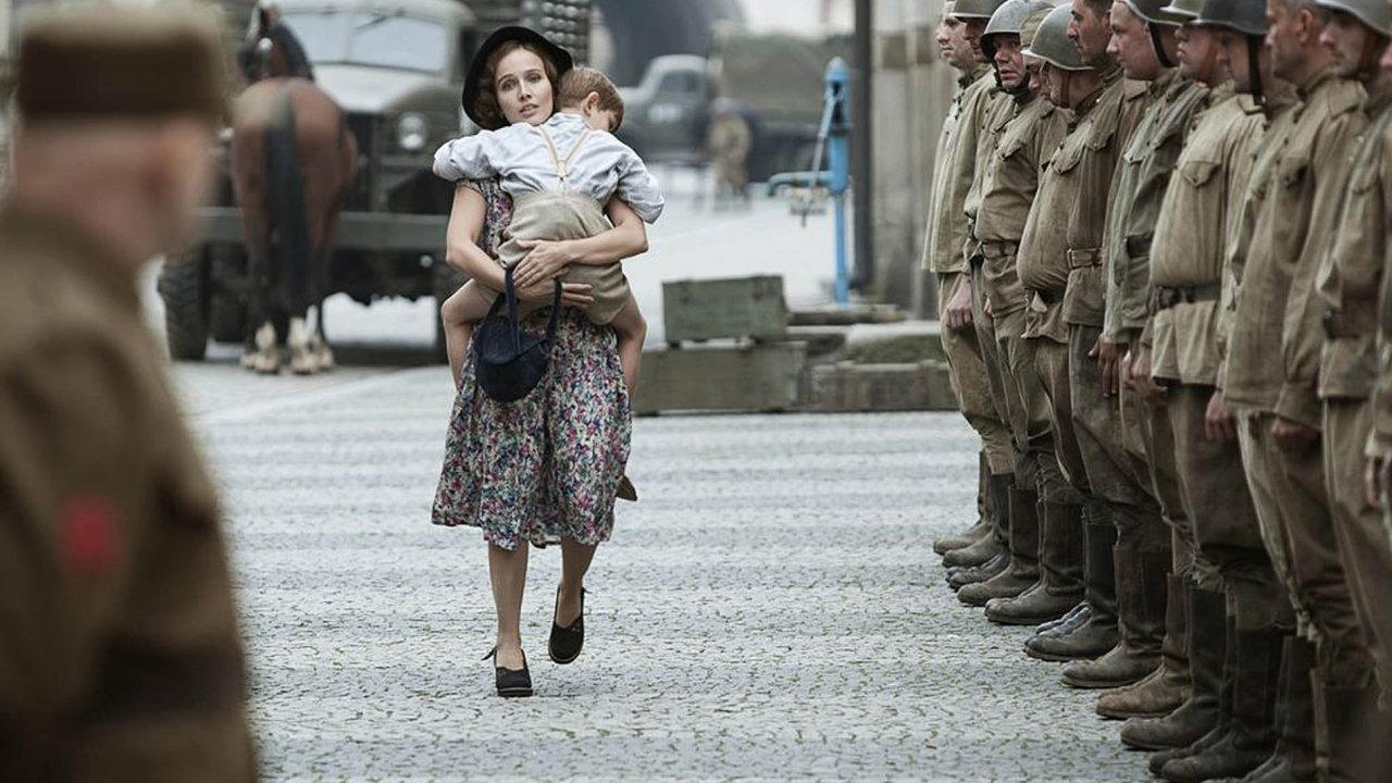 Snímek z filmu Postrništi bos.