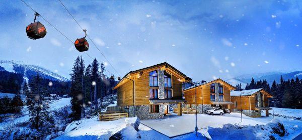 Chalets OtupnA c Centrum snow