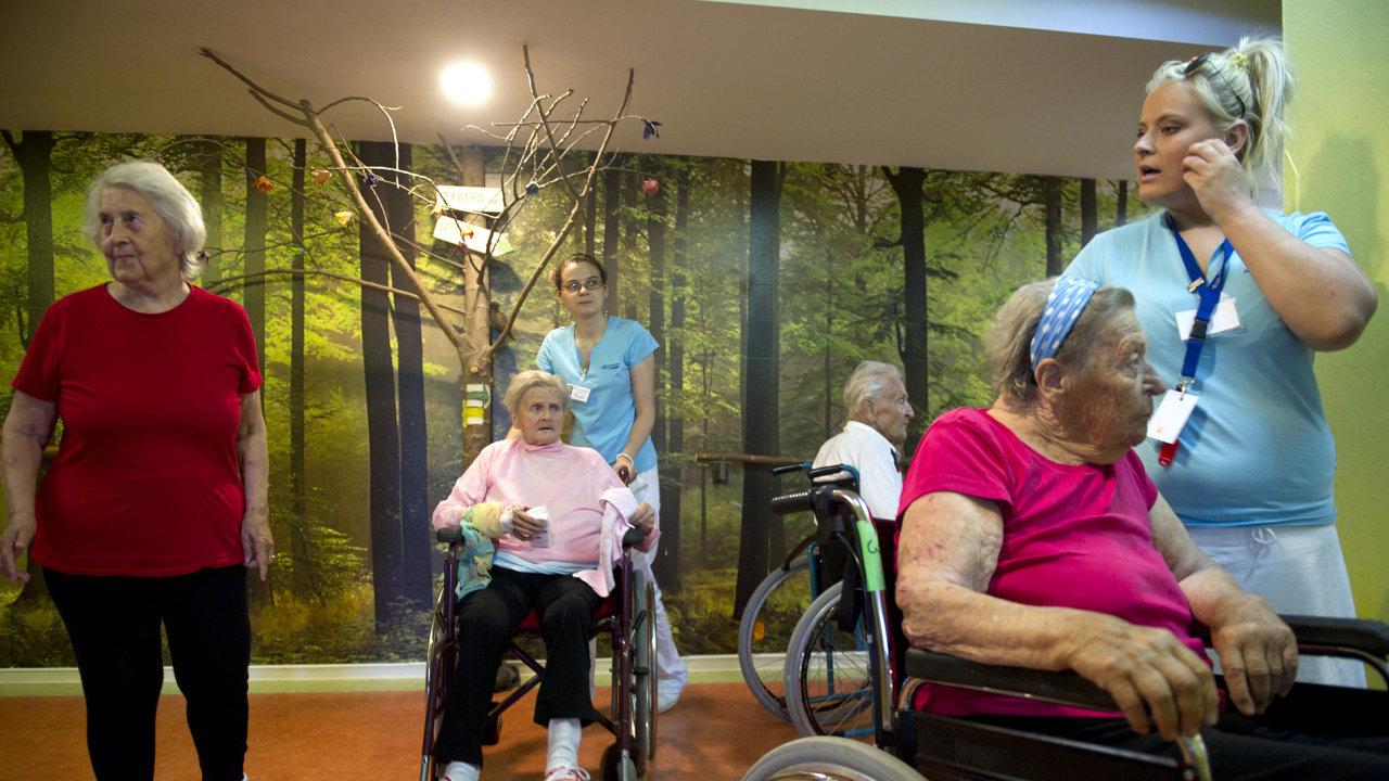 V Česku vznikají centra pro lidi trpící Alzheimerovou chorobou. Na snímku je Alzheimercentrum v pražských Průhonicích.