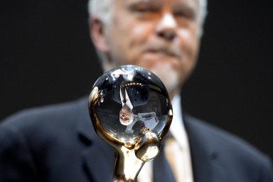 FOTO: Hvězdou karlovarského festivalu je Tim Robbins, přijel i autor Chlapectví Linklater. Úvod připomněl vznik Československa
