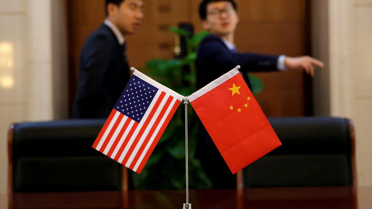 Dubnové setkání ministrů obchodu Číny a USA v Pekingu.