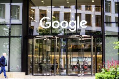 Firmy jako Google či Facebook by měly platit tam, kde od uživatelů inkasují peníze - Ilustrační foto.