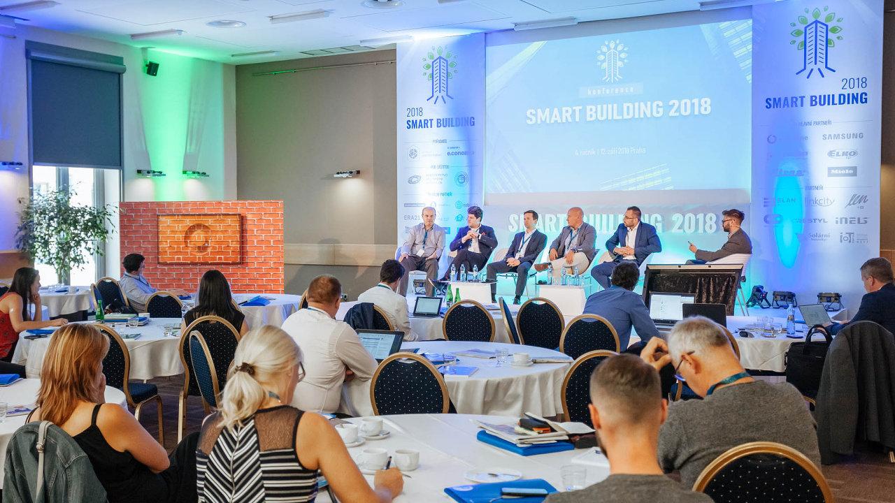 Smart building 2018. Minulý týden vpražském hotelu Step proběhl 4. ročník konference Smart building. Jejím mediálním partnerem byly Hospodářské noviny.