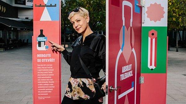 Adéla Elbel při představení kampaně Absolut Tolerance