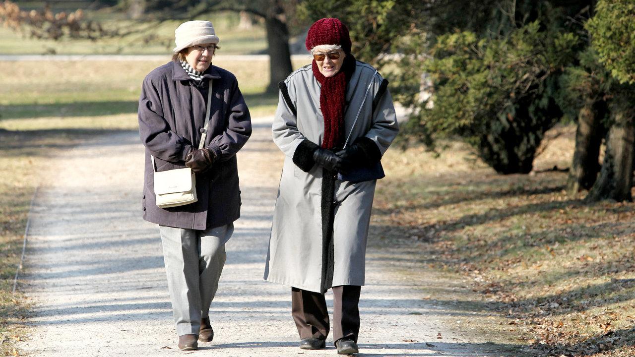 Důchodci - Ilustrační foto.