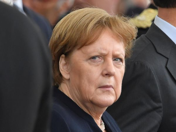 Přemluvte Angelu: Český premiér Andrej Babiš idalší evropští politici by chtěli, aby jednu zklíčových funkcí vEU převzala německá kancléřka Angela Merkelová. Ta ale tvrdí, že nemá zájem.