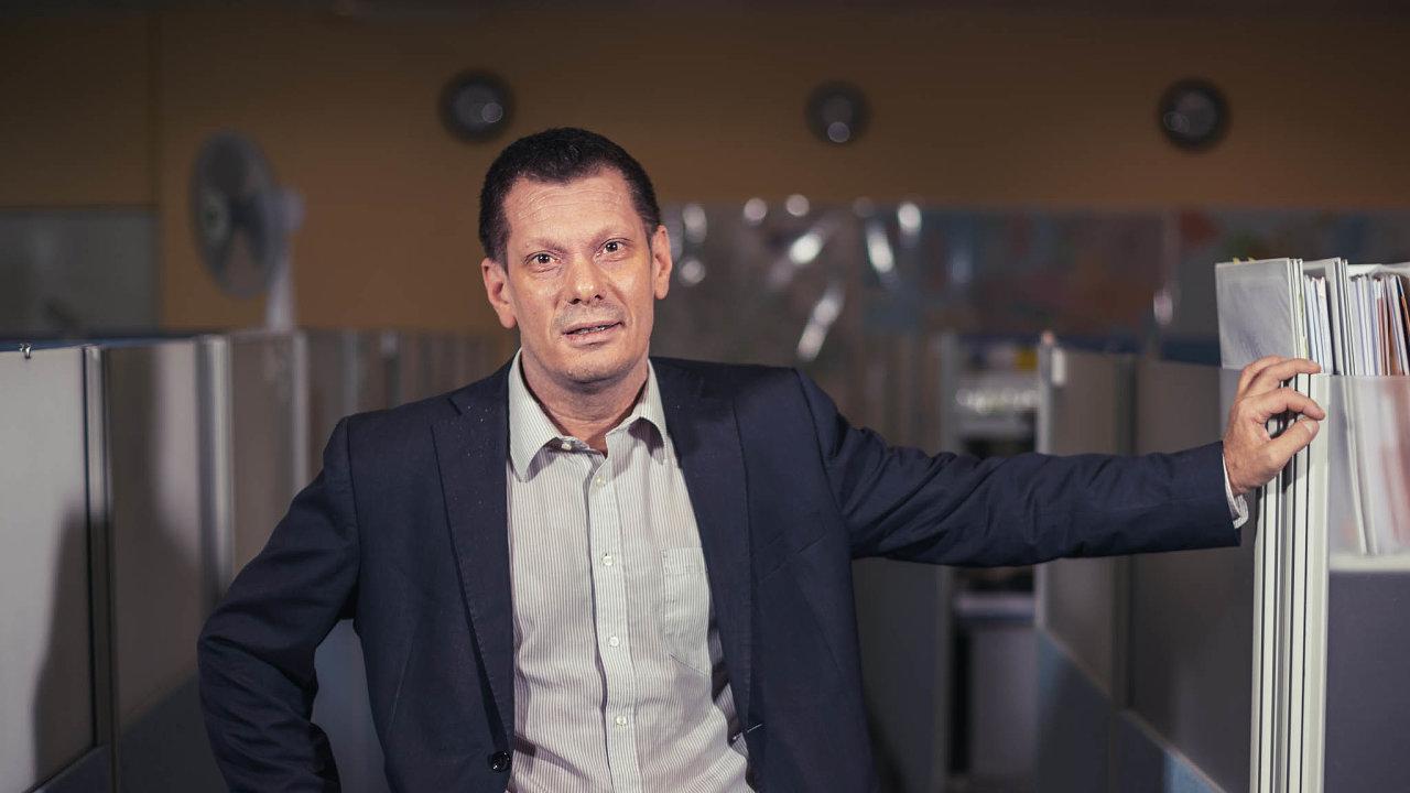 Naším nástrojem je software. Inženýři vespolečnosti L.K. Engineering Martina Komárka například počítají, jak si družice poradí sextrémními teplotními rozdíly vevesmíru.