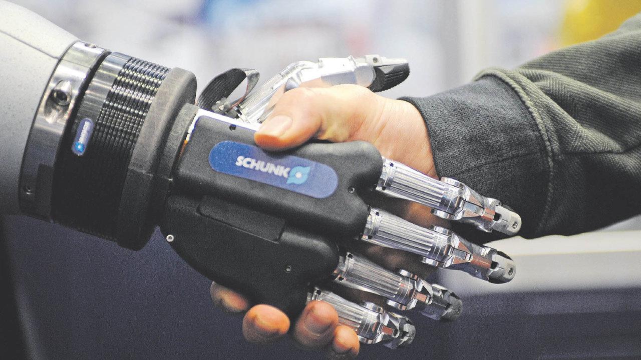 Antropomorfní robotická ruka Schunk SVH.