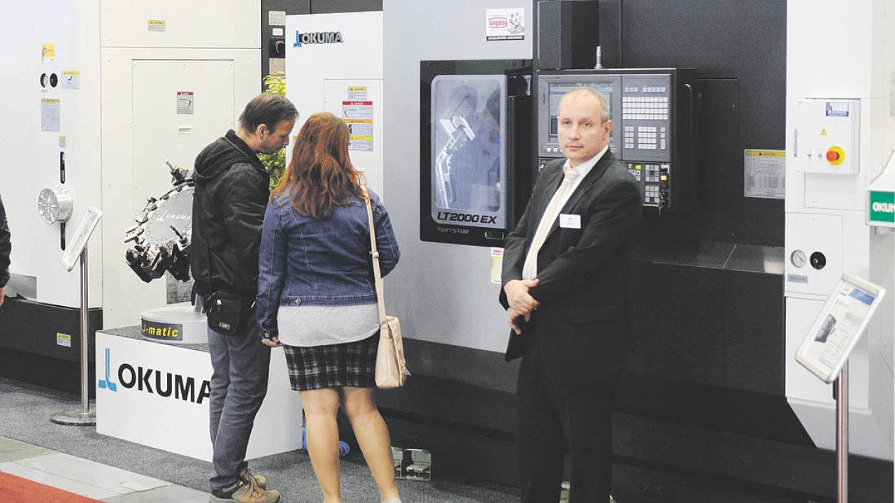Firma ukazuje na letošním MSV všechny stroje vřezu, tedy osazené technologiemi tak, aby měli návštěvníci možnost vidět výrobu konkrétního produktu.