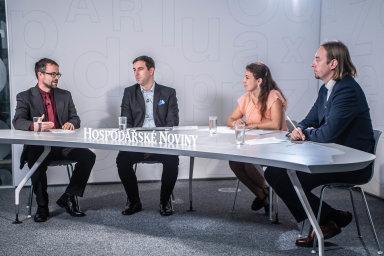Zleva: debaty HN se zúčastnili Pavel Obrdlík (Ekopontis), Milan Kratina (Accolade) aŠtěpán Morkes (CTP Invest). Debatu moderovala redaktorka speciálních projektů Zuzana Keményová.