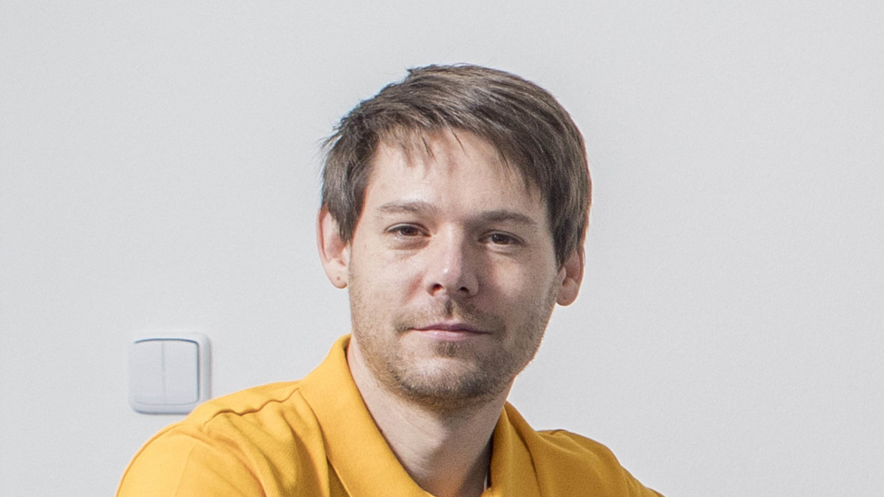 Jan Storch je vedoucím vědeckého oddělení Ústavu chemických procesů Akademie věd ČR.