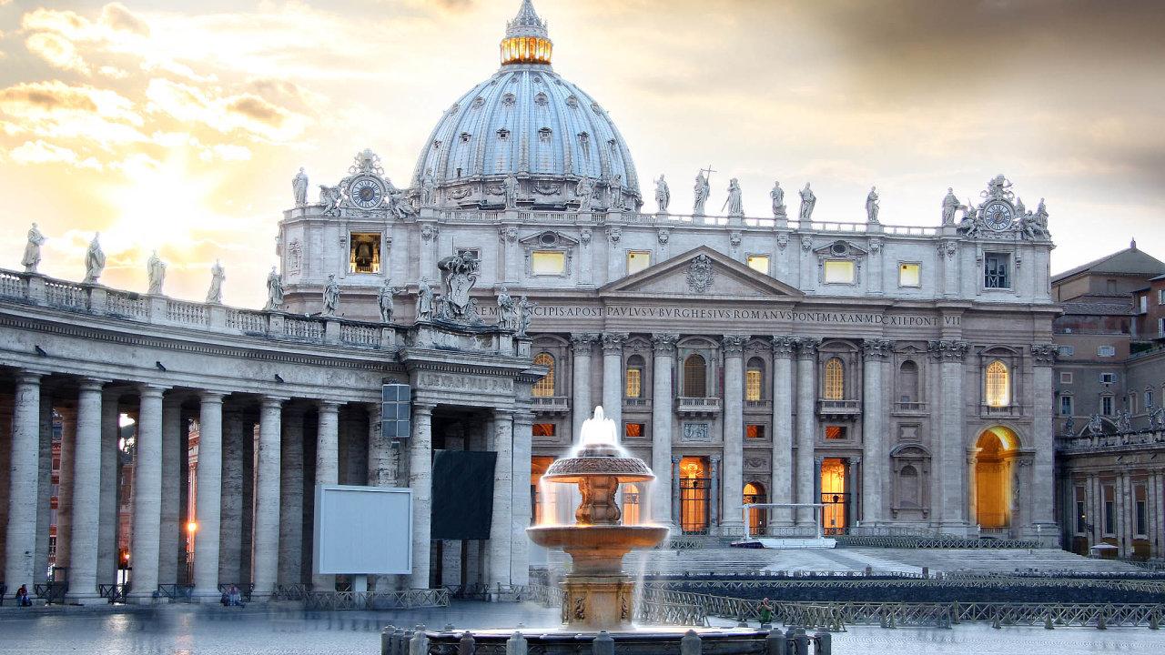 Vatikán v historii s politickou mocí koketoval. Poučil se?
