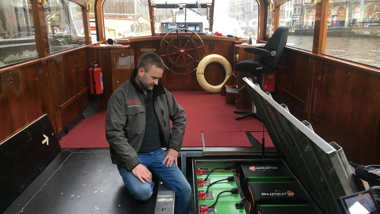 Plavidlo Gerarda Johanna skrývá ve svých útrobách 66 lithium-iontových baterií.