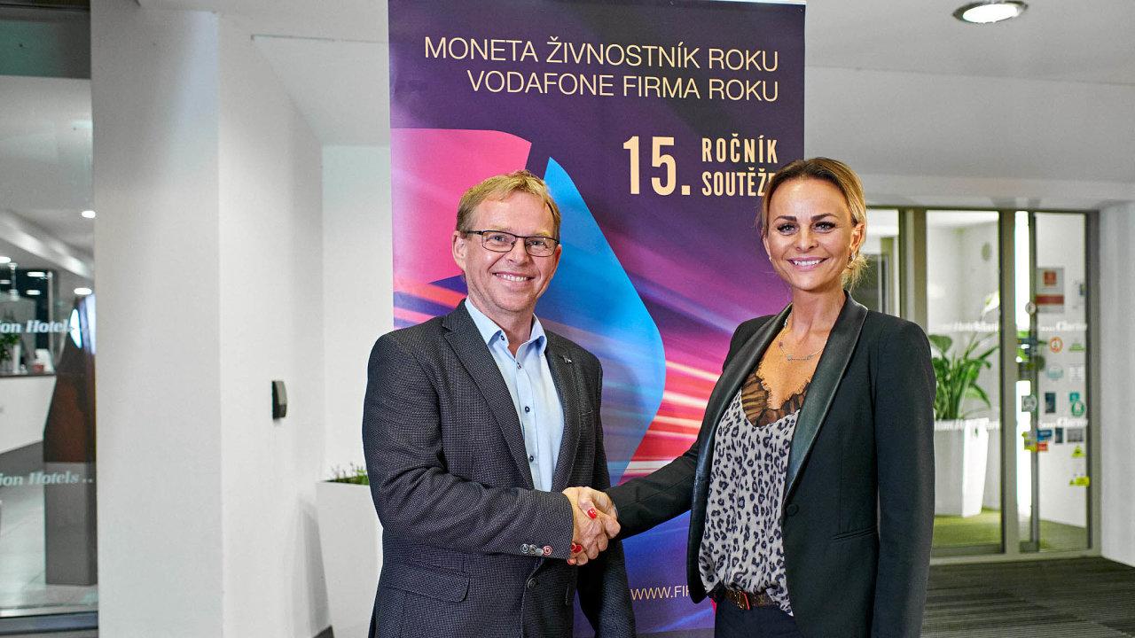 Miroslav Bartoš, zakladatel společnosti API CZ avítězná živnostnice Markéta Nováková