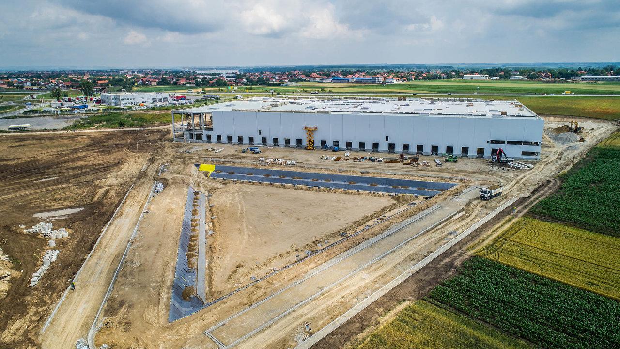 V areálu, který CTP získalo akvizicí na konci roku 2020, sídlí aktuálně společnosti Lidl, Mercata VT a Flux Systems. Přibude zde ovšem další velká hala.