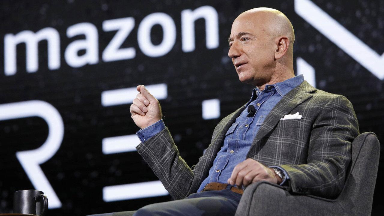 Jeff Bezos Amazon založil před 27 lety apo celou dobu ho vedl. Na podzim se ale zřízení firmy stáhne.