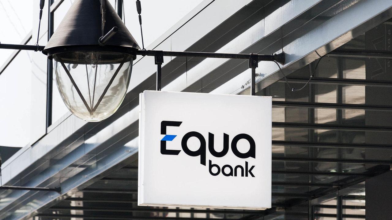 Equa bank řešila v srpnu chybu IT systémů, kvůli které se lidem zobrazovaly na účtech jiné částky, než jaké tam měly být.