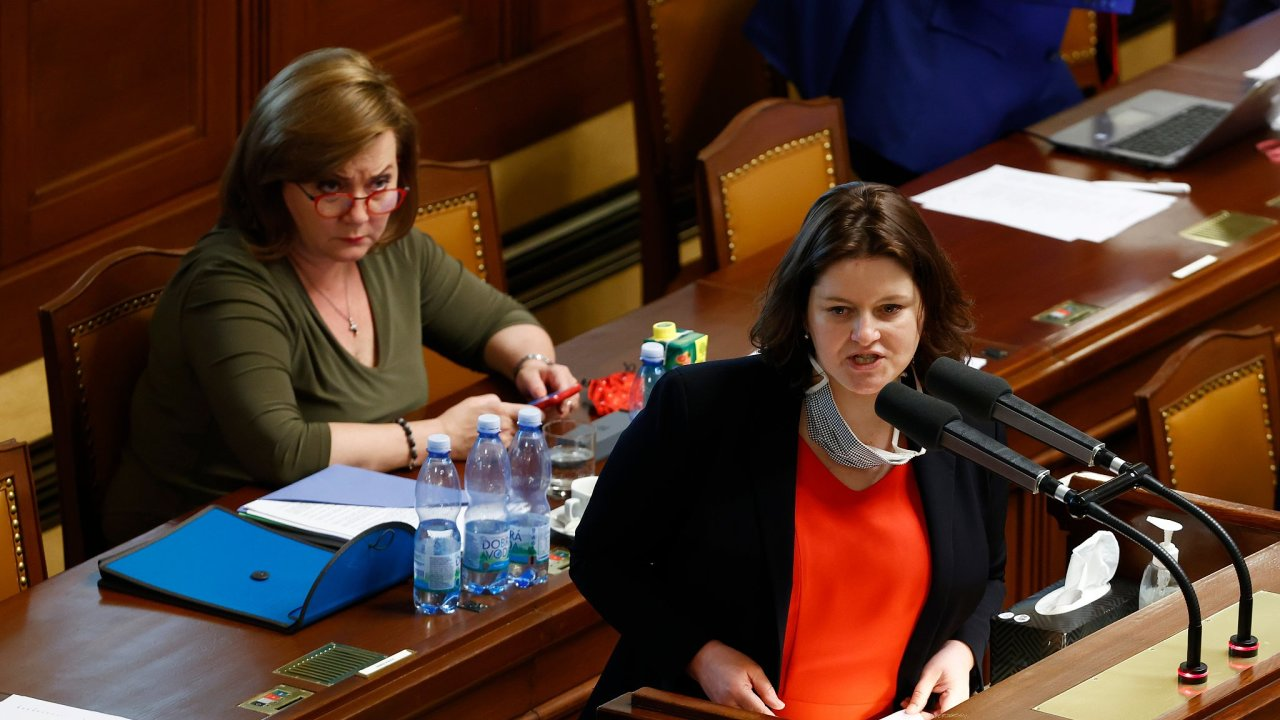 Alena Schillerová, Jana Maláčová