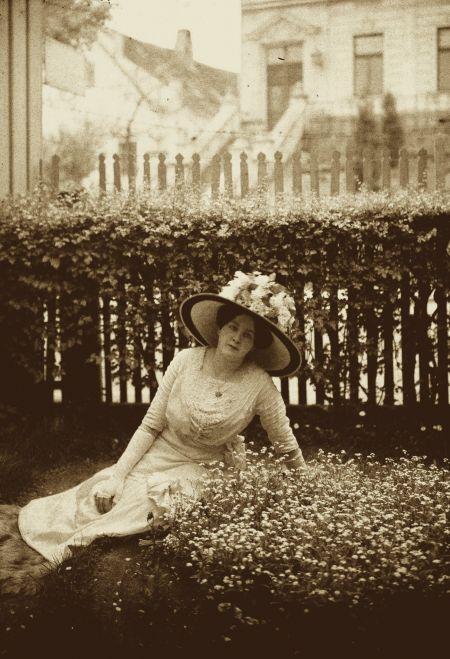 Josef J. Šechtl: Anna Stocka Šechtlova 1909