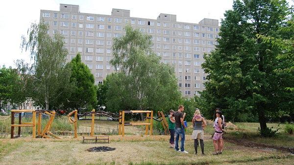 Zahrada Don Bosco, p�ed�n� stavby.