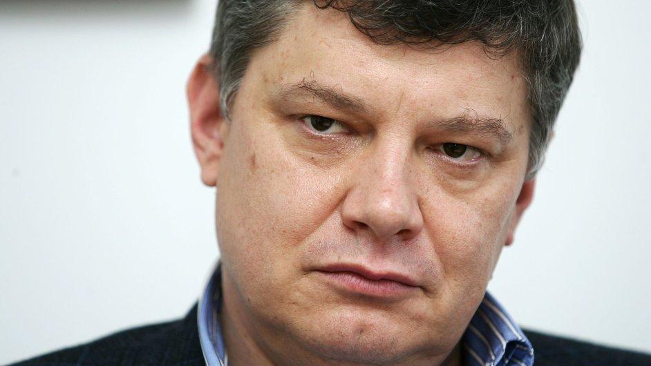 Bývalý šéf Sazky Aleš Hušák ve středu k soudu nepřišel.